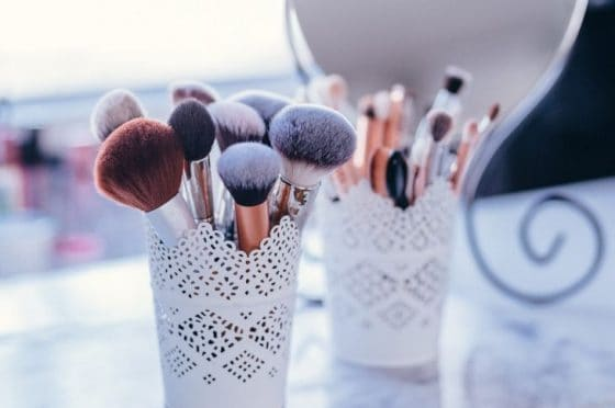 Deep clean makeup brushes