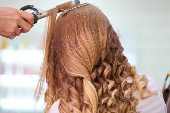 curling iron hair